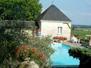 Chambre d'hôte - Vue piscine 3